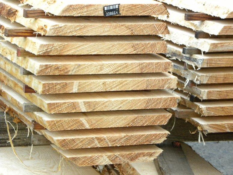 Pinus pinaster sawing block