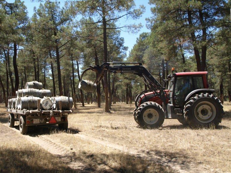 Natural resin barrel loading
