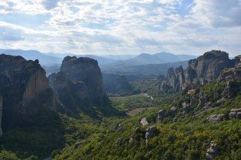 Τhe Museum is located in Kalambaka, a small town in Thessaly region, by Meteora, a rock formation hosting one of the largest and most precipitously built complexes of Eastern Orthodox monasteries. The area is included on the UNESCO World Heritage List.