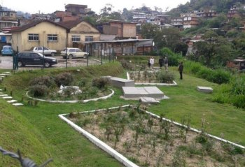 Nature-based solution to treat waste water: biodigestor and built wetland in Vila Ipanema, Petrópolis.